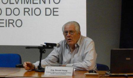 """Palestra """"A Importância da Engenharia e Arquitetura Públicas no Desenvolvimento do Estado do RJ"""""""