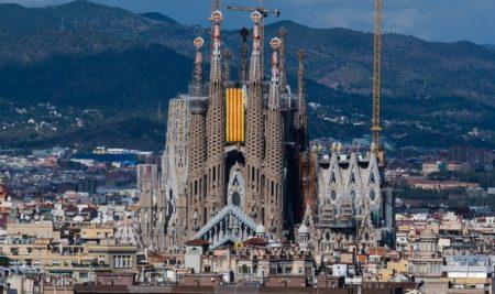 Sagrada Família de Gaudí foi construída por 136 anos sem permissão da prefeitura