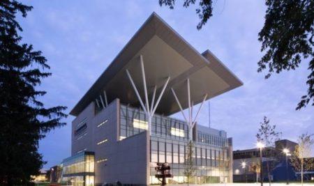 O Maior Edifício de Energia Zero do Canadá é Inaugurado em Ontário